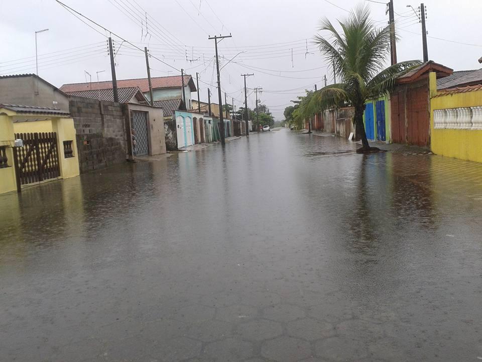 rua-do-sol-mongagua-enchente